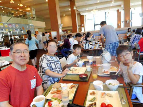 レストランで1web ブログ.jpg