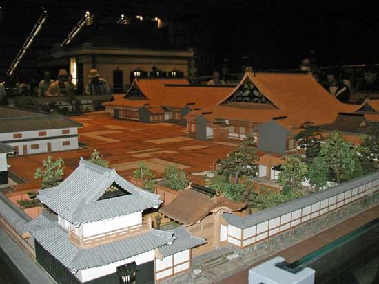 華麗な藩邸例(江戸東京博物館)1web.jpg
